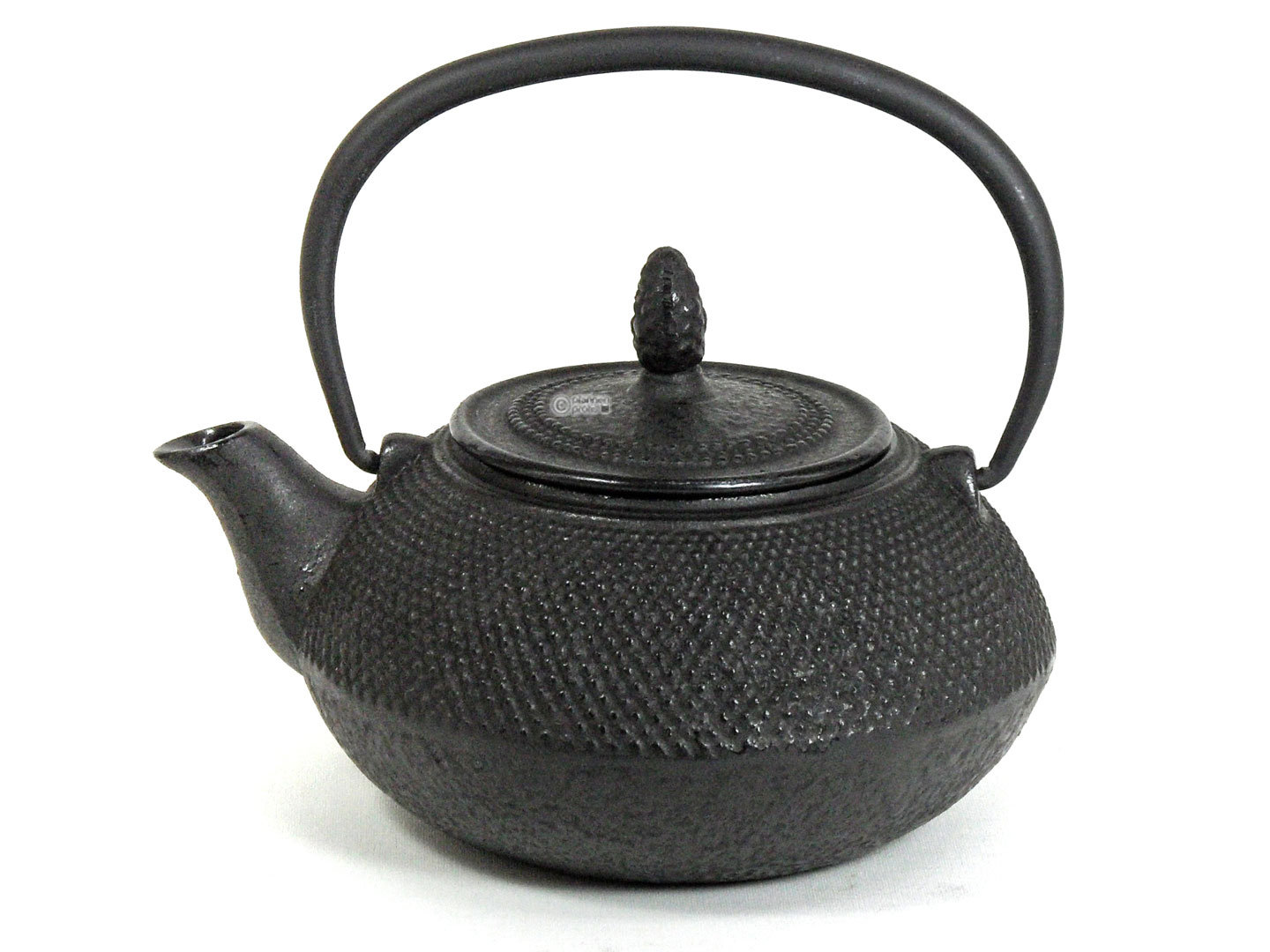 BEKA cast iron teapot MINI CEYLON 0,6 L with tea strainer